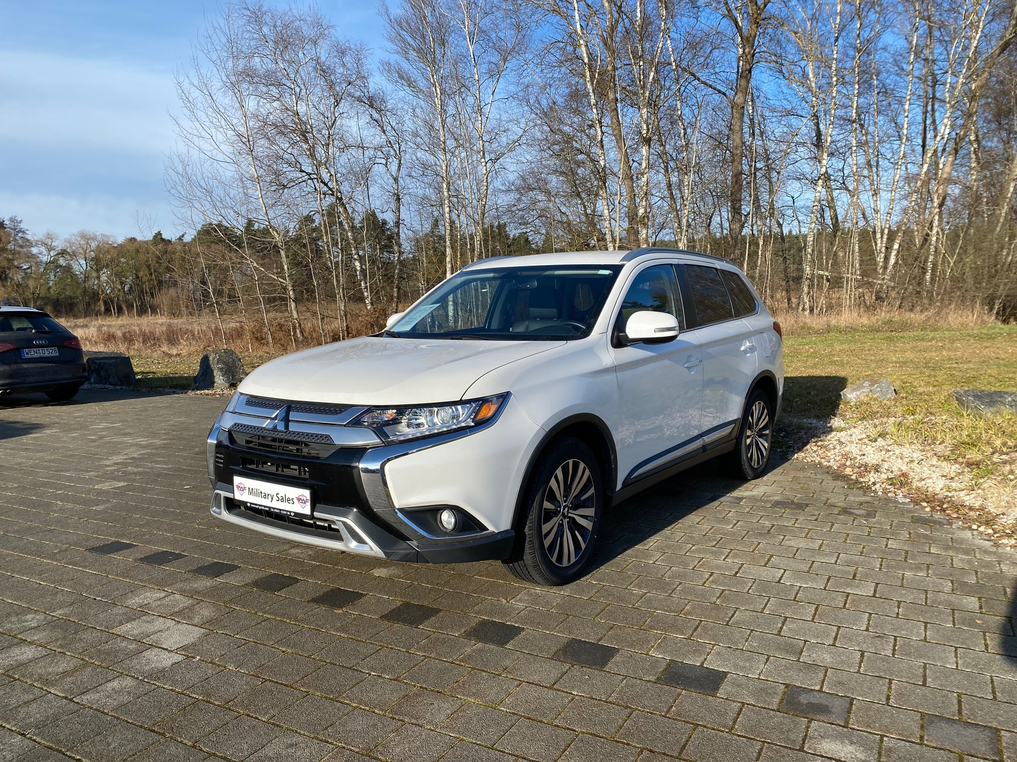 2019 Mitsubishi Outlander Utility SEL</br>as low as </br>$169 per paycheck  Copy