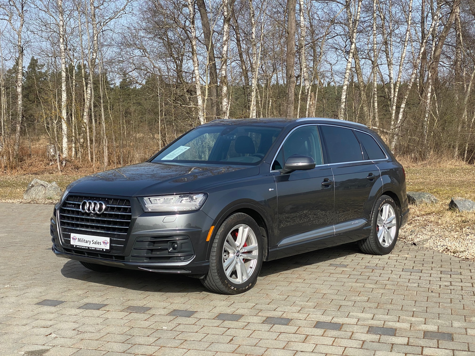 2017 Audi Q7 S-Line </br>as low as </br>$339 per paycheck
