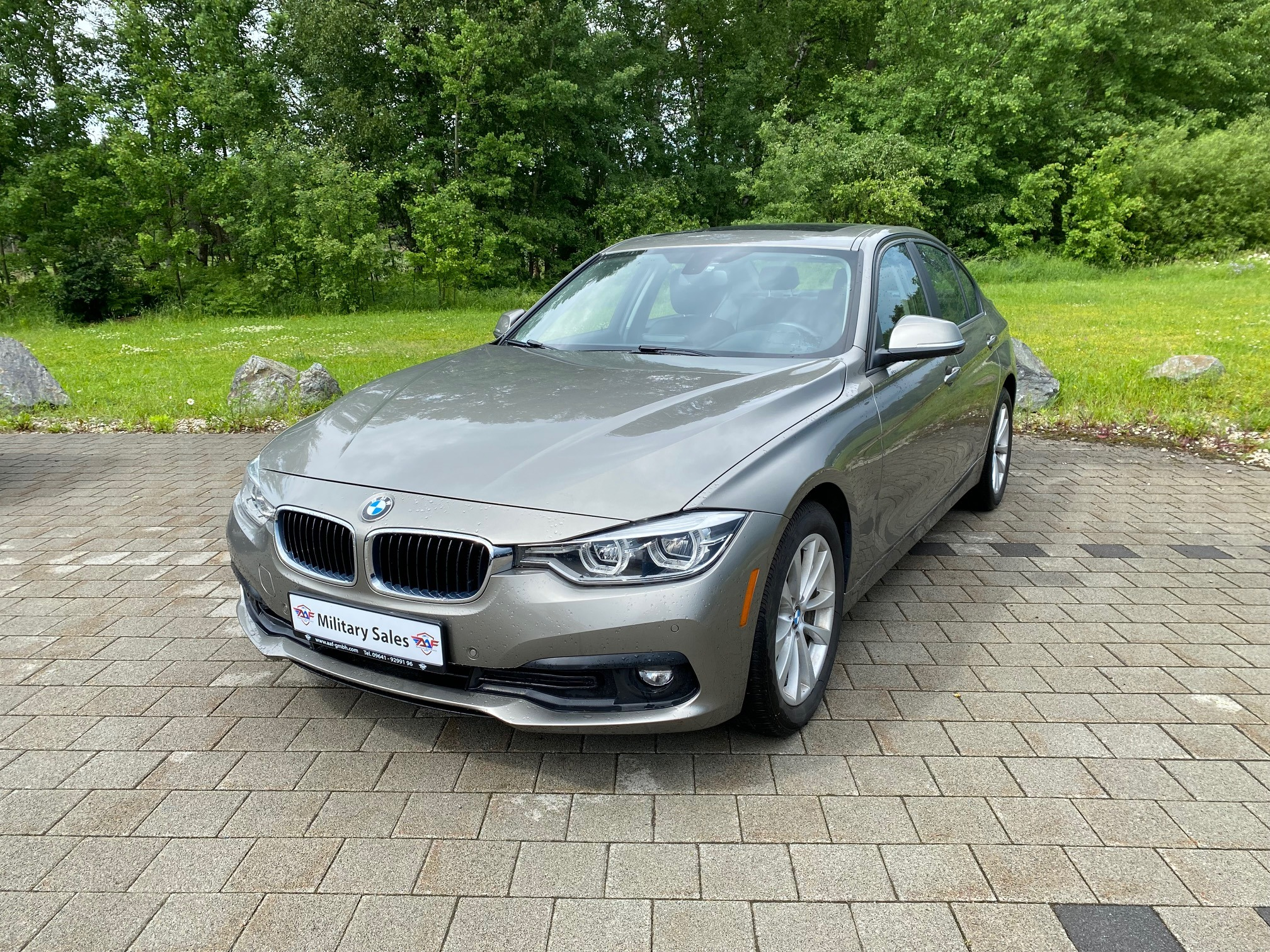 2018 BMW 320i xDrive </br>as low as </br>$199 per paycheck